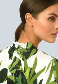 Alba Moda - Long sleeved top - weiß grün - 4