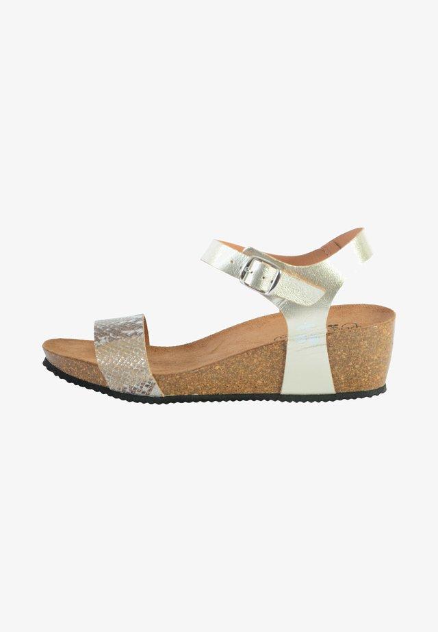 Sandales compensées - yellow