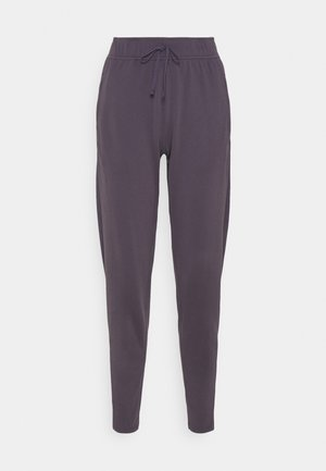 WARM PANT RUNWAY - Tracksuit bottoms - dark raisin/reflective silver