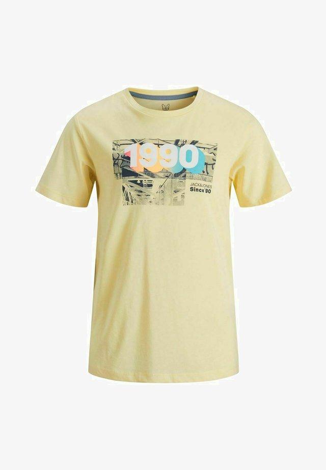 T-shirt med print - flan