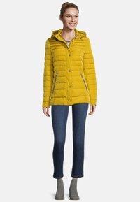Gil Bret - Winter jacket - mustard gold - 1