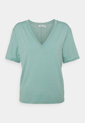 LAST V NECK - T-shirts - greyish green