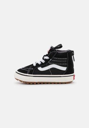 TD SK8 ZIP MTE-1 UNISEX - Sneakers hoog - black/true white