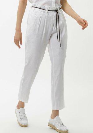 STYLE MILLA  - Pantalon classique - off white