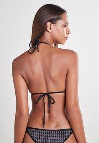 KARL LAGERFELD - Bikini top - black - 2