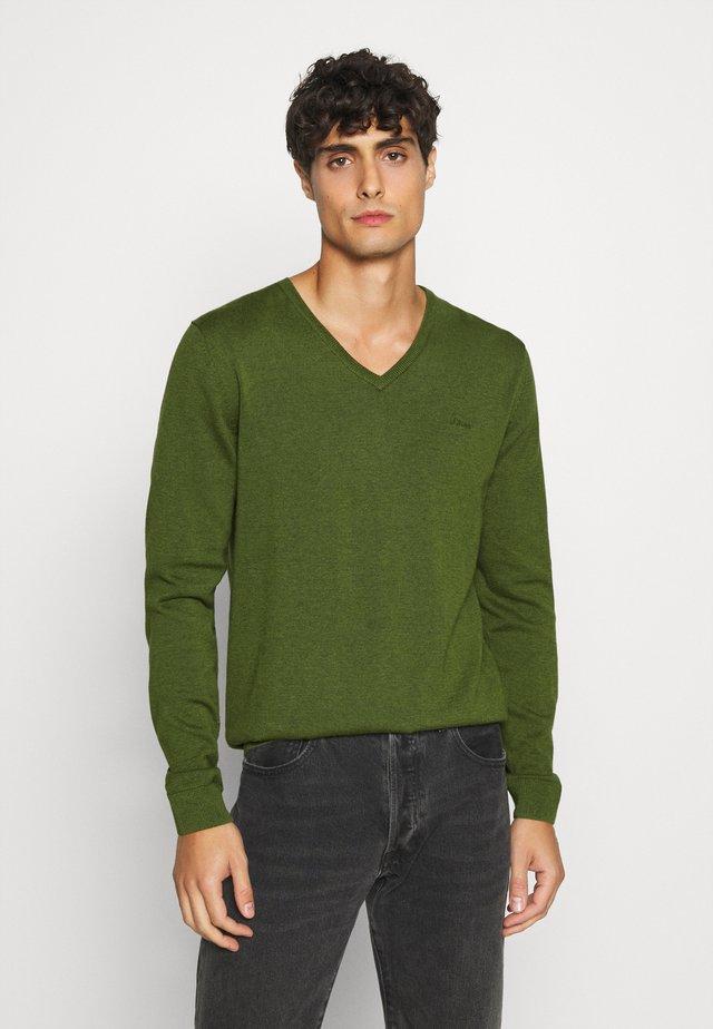 LANGARM - Jersey de punto - khaki/oliv