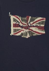Pepe Jeans - FLAG LOGO  - Print T-shirt - thames - 2