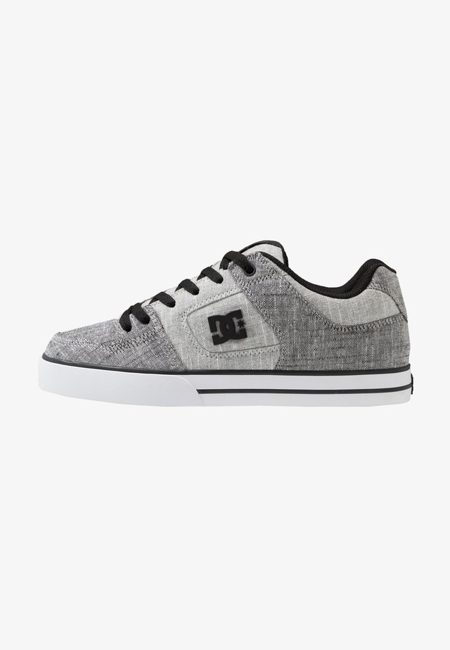 PURE SE - Skate shoes - grey/white/grey