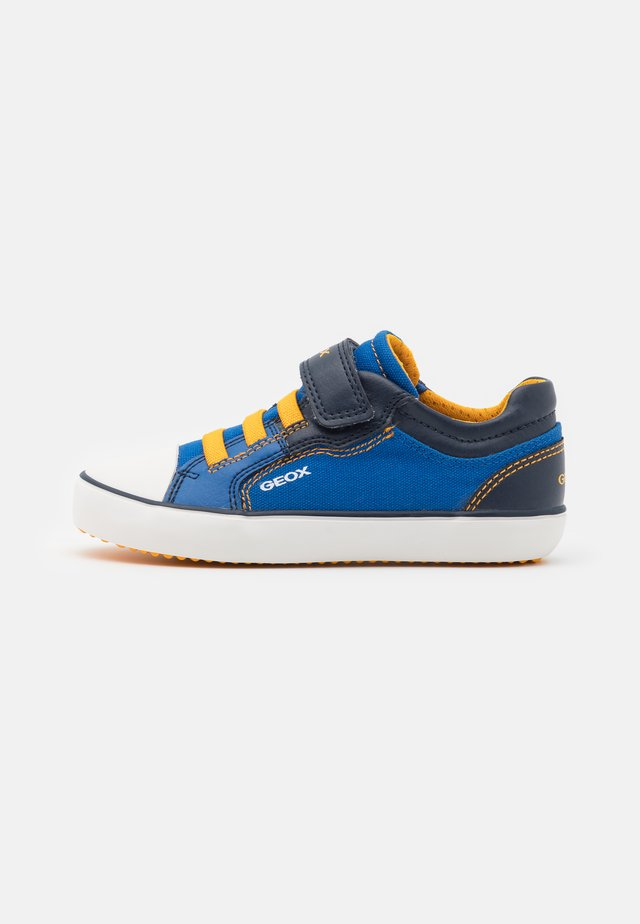 GISLI BOY - Sneakers basse - royal/yellow