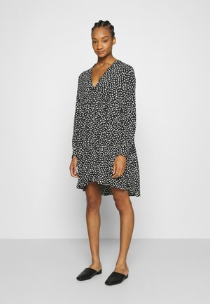 MORI SHORT DRESS - Denní šaty - dark sky