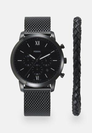 SET - Chronograph watch - black