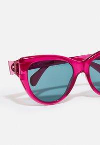 Gucci - Sunglasses - red/blue - 3