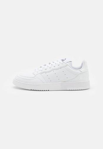 SUPERCOURT VEGAN UNISEX - Trainers - footwear white