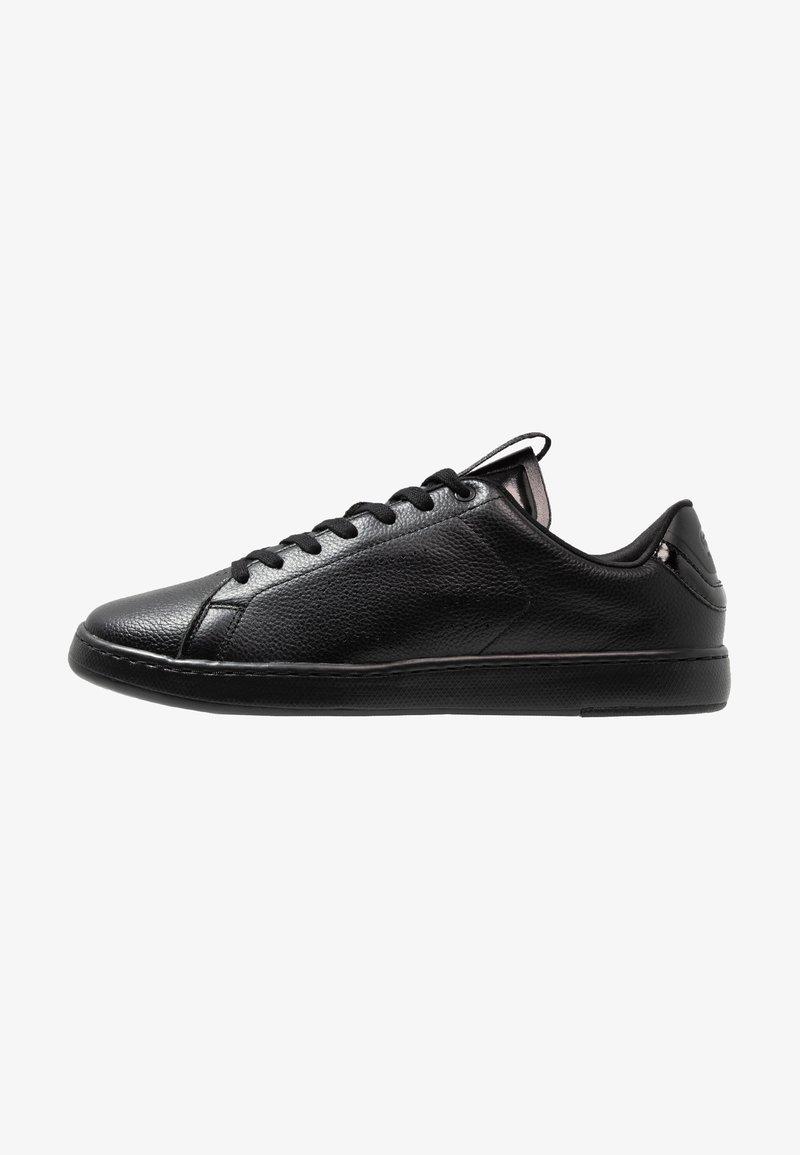 Lacoste - CARNABY EVO LIGHT - Sneakers basse - black