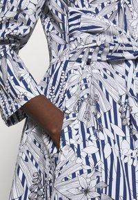 MAX&Co. - BANDOLO - Sukienka letnia - navy blue - 5