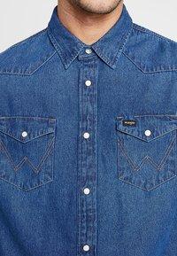 Wrangler - Shirt - blue denim - 3
