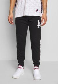 Champion - MLB LA DODGERS CUFF PANTS - Klubbkläder - dark blue - 0
