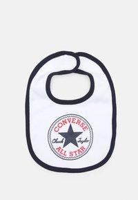 Converse - CHUCK INFANT HAT BIB BOOTIE SET - Beanie - obsidian - 2