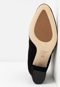 LK Bennett - LIRA - Šněrovací kotníkové boty - black - 6