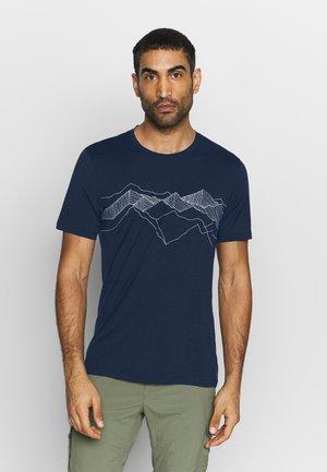 TECH LITE CREWE PEAK PATTERNS - Print T-shirt - midnight navy