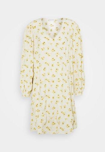 VIOLGA DRESS - Vestido informal - birch