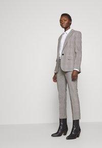 Lauren Ralph Lauren - SUITING PANT - Trousers - black/white - 1