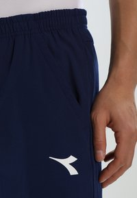 Diadora - SHORT COURT - Sports shorts - saltire navy - 3
