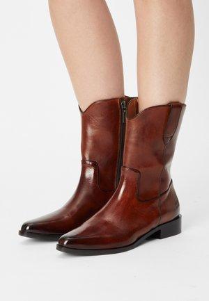 MARLIN - Cowboystøvletter - brown