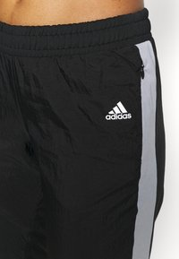 adidas Performance - TRACK PANT - Joggebukse - black/halo silver/white - 5
