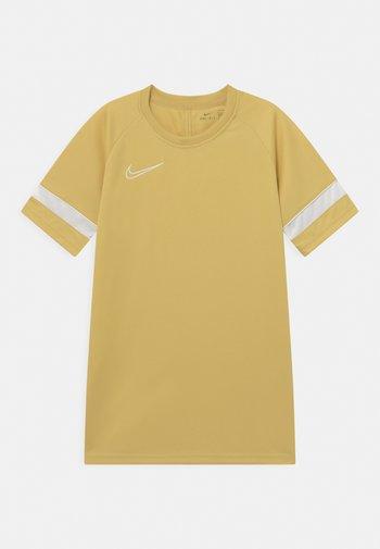 ACADEMY - Print T-shirt - saturn gold/white