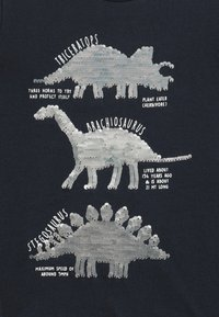 Staccato - BOY LONG SLEEVE KID - Langærmede T-shirts - navy - 3