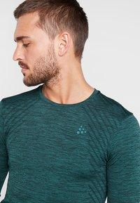 Craft - COMFORT - Sports shirt - pine melange - 4