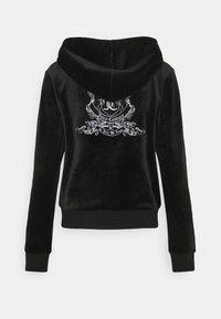 Juicy Couture - ANNIVERSARY CREST  HOODIE - Sweat à capuche zippé - black - 11
