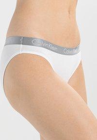 Calvin Klein Underwear - RADIANT COTTON  - Alushousut - white - 3