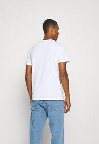 Redefined Rebel - RONAN TEE - Print T-shirt - white - 2
