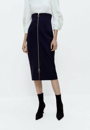 MIT REISSVERSCHLUSS - Pencil skirt - blue denim