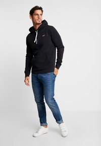 Hollister Co. - CORE ICON - Hoodie - black - 1