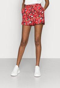 Vero Moda Petite - VMSIMPLY EASY - Shorts - goji berry/lotte - 0