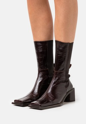 MINNIE - Classic ankle boots - french roast