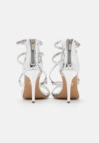 Buffalo - MERCY - Sandály na vysokém podpatku - silver - 2