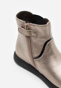 Camper - KIDS - Kotníkové boty - light beige - 5