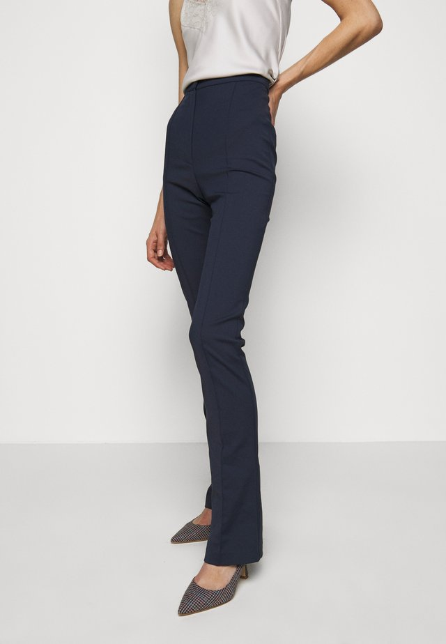 PANTALONI TROUSERS - Spodnie materiałowe - navy