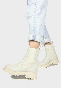 Eva Lopez - Platform ankle boots - hielo - 0