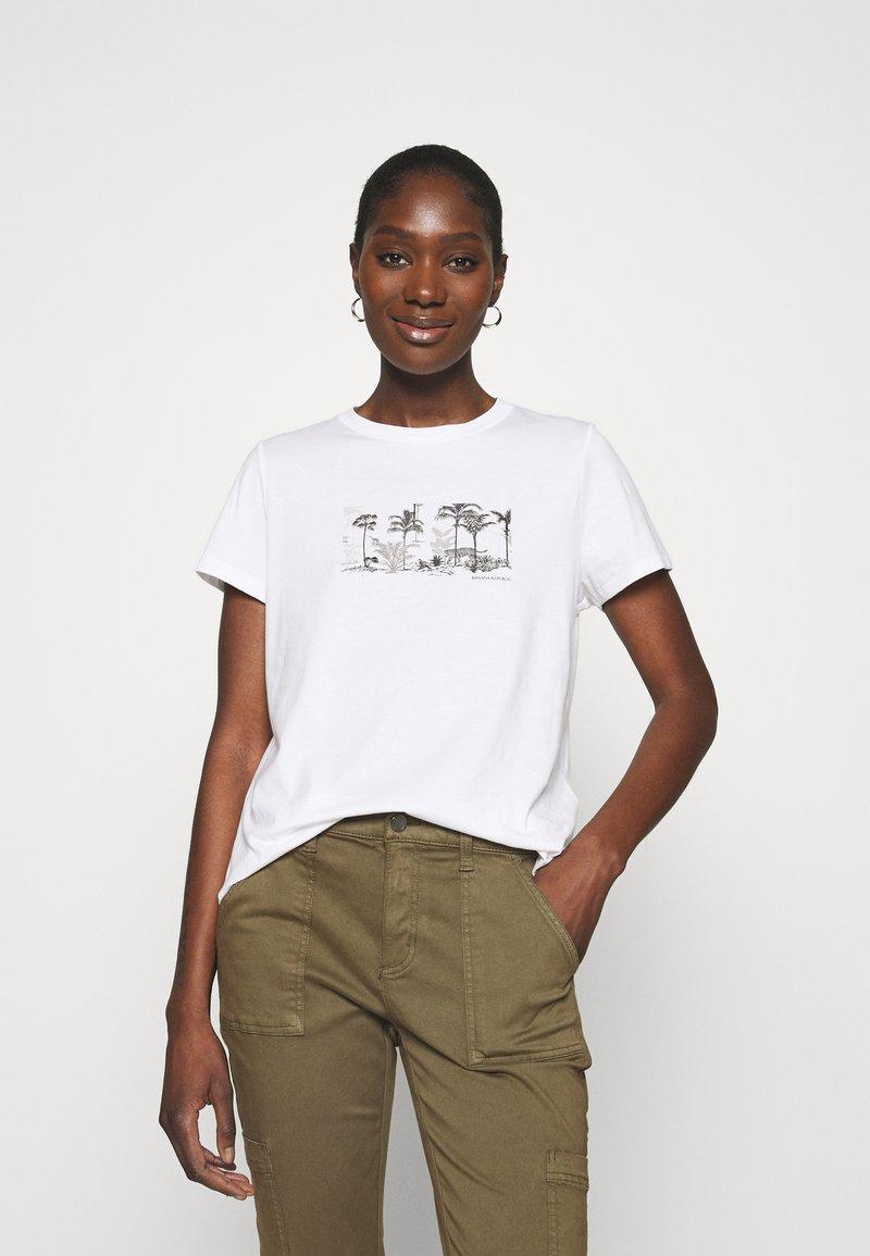 Banana Republic - PALM GRAPHIC TEE - Print T-shirt - white