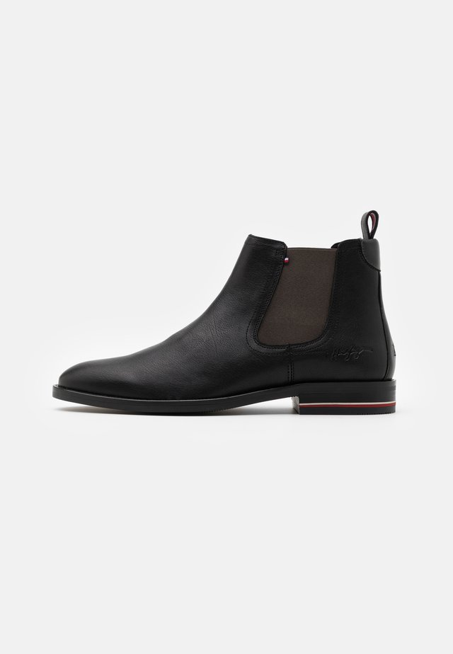 SIGNATURE CHELSEA - Classic ankle boots - black