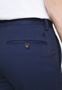 Polo Ralph Lauren - SLIM FIT BEDFORD PANT - Bukser - cruise navy