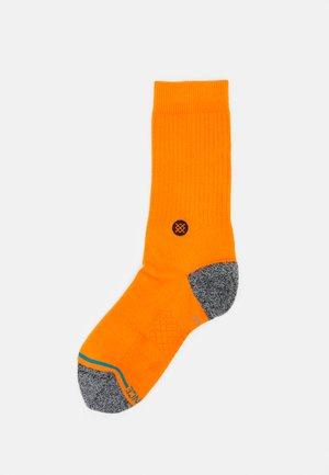 STREET - Socks - orange