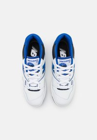 New Balance - 550 UNISEX - Sneakers basse - white/royal - 3