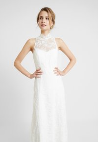 IVY & OAK BRIDAL - AMERICAN SHOULDER BRIDAL DRESS LONG - Robe de cocktail - snow white - 3
