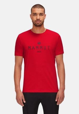 SEILE  - T-shirt z nadrukiem - magma prt